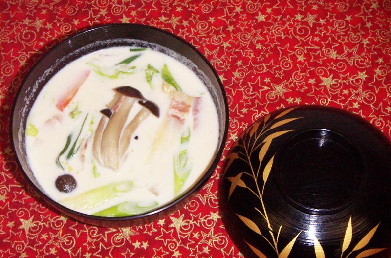 白菜と大根のミルクみそ汁