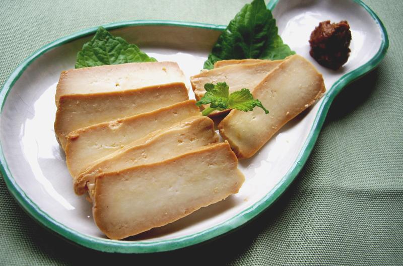 豆腐とごぼうのみそ漬け